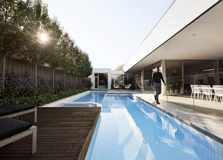 Oftb melbourne landscaping pool design construction for Piscine minimaliste